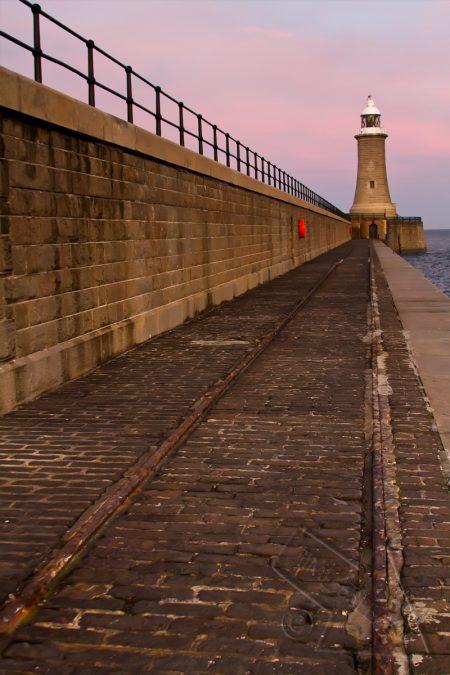 Tynemouth Lighthouse 3 colour
