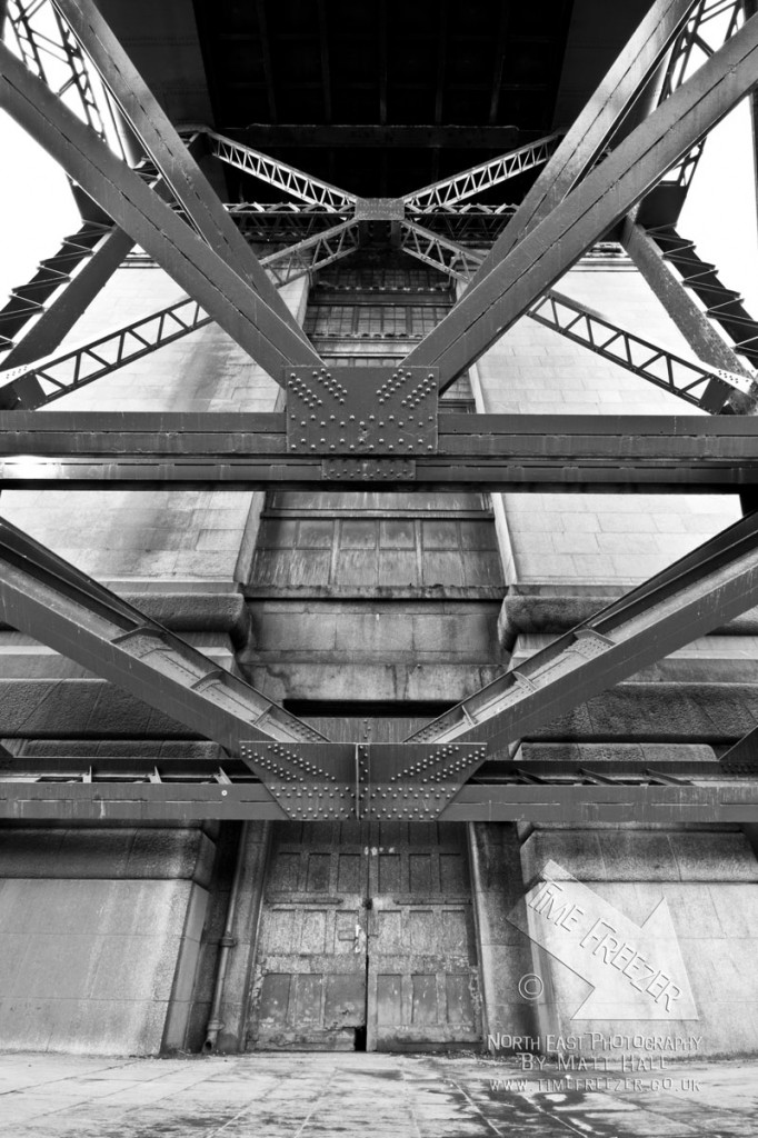Tyne Bridge Details
