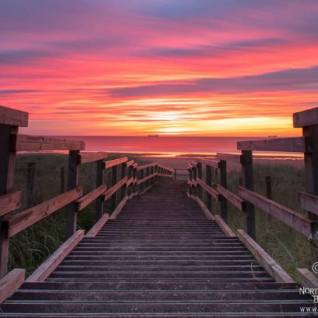 Beautiful picture of Tynemouth Longsands Beach at Sunrise