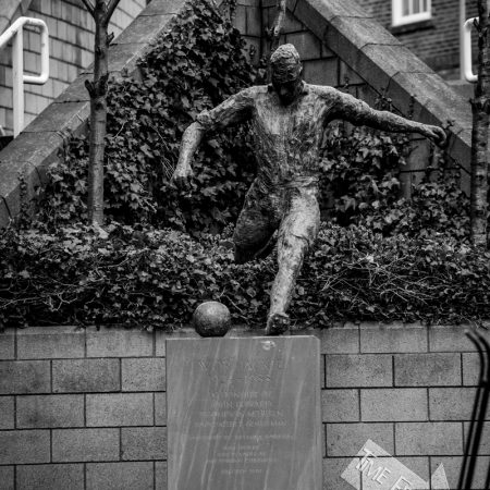 Jackie MIlburn Statue at St James Park