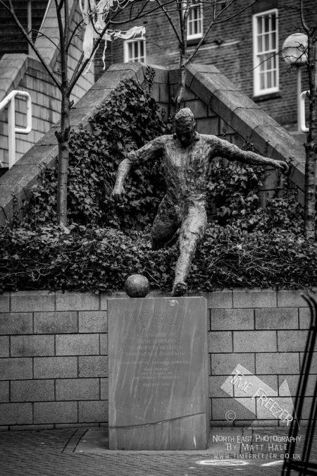 Jackie MIlburn Statue at St James Park