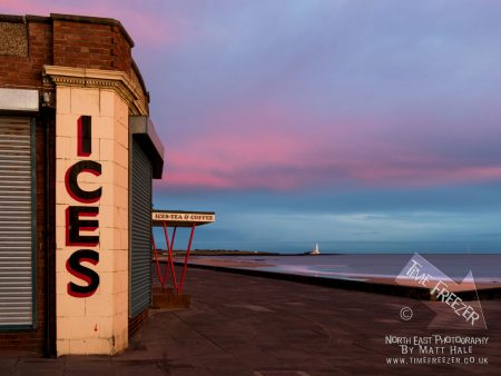 Sunrise at the Rendezvous cafe in whitley bay